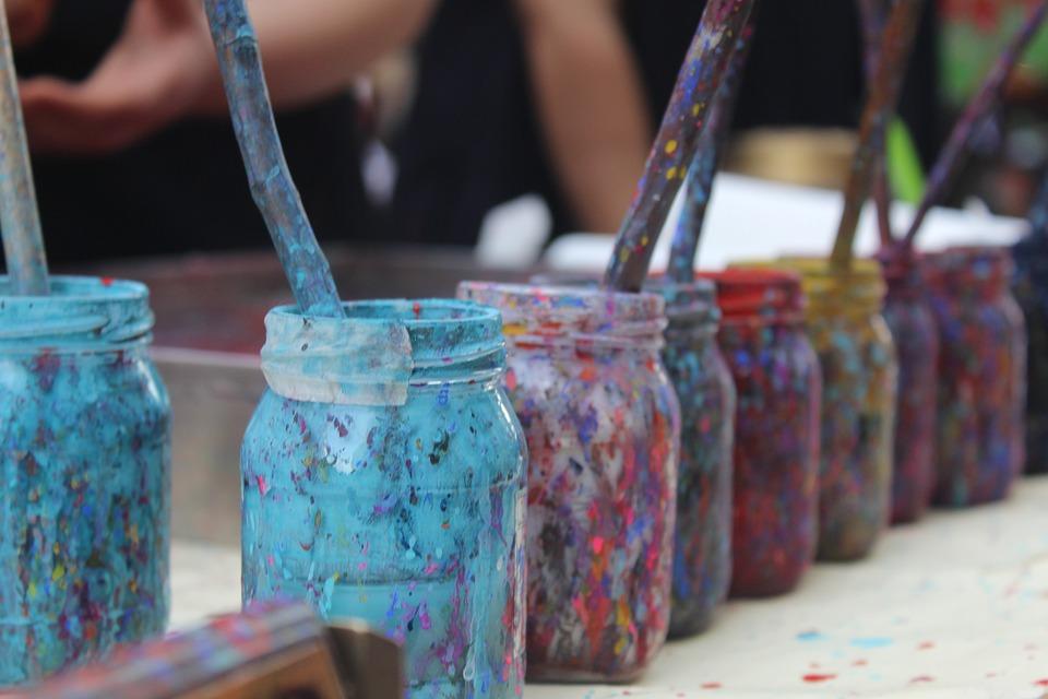 5 façons d'utiliser l'art pour aider au développement de votre enfant